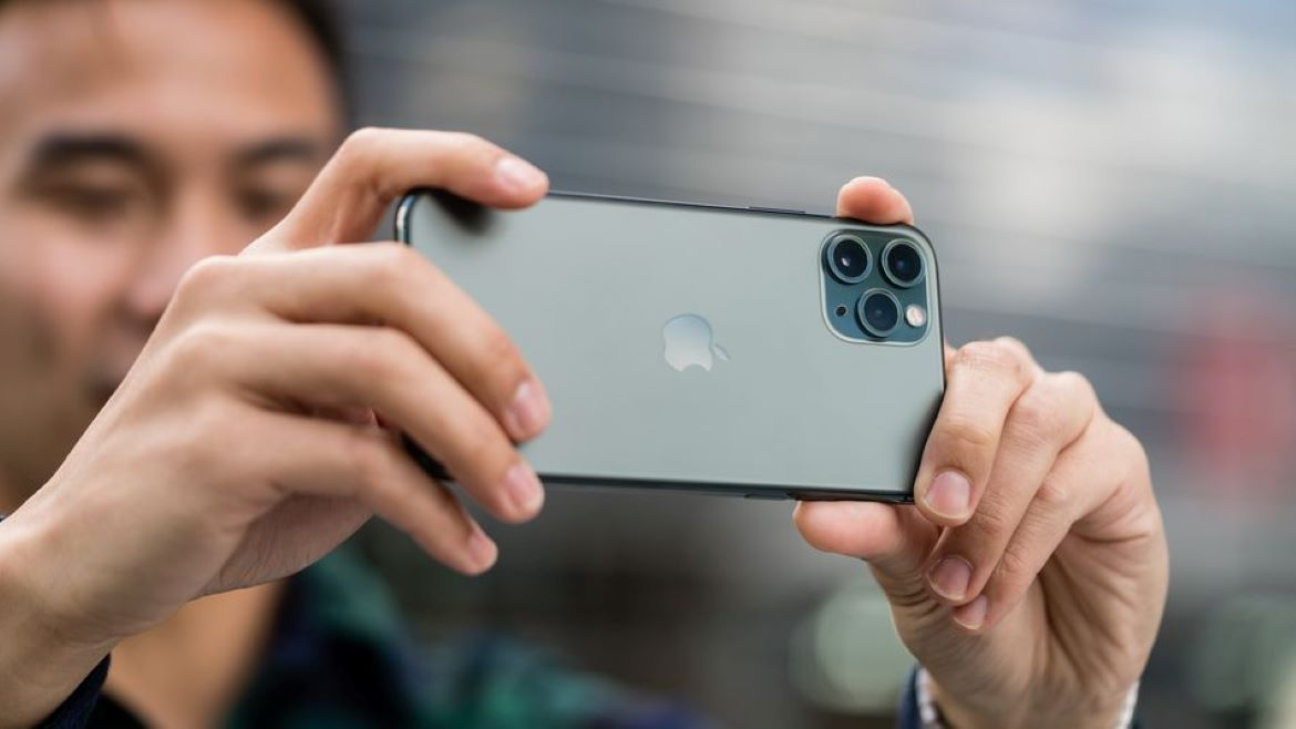How To Shoot Videos With Your iPhone in Portrait Mode
