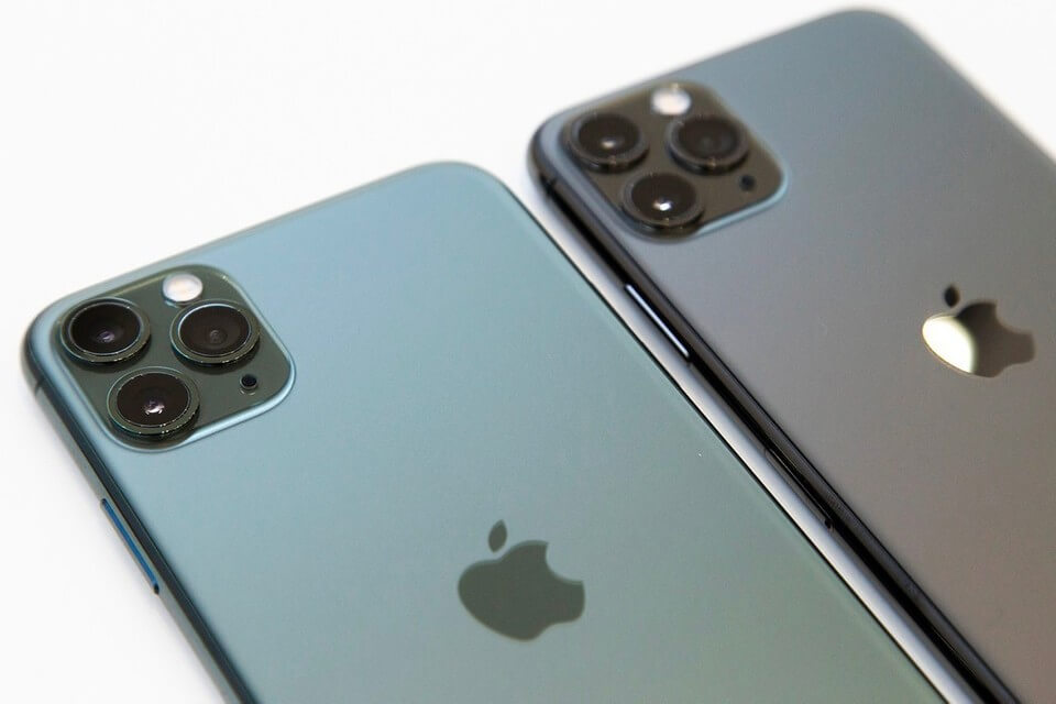 Apple Suddenly Confirms A Surprise iPhone 12 Upgrade