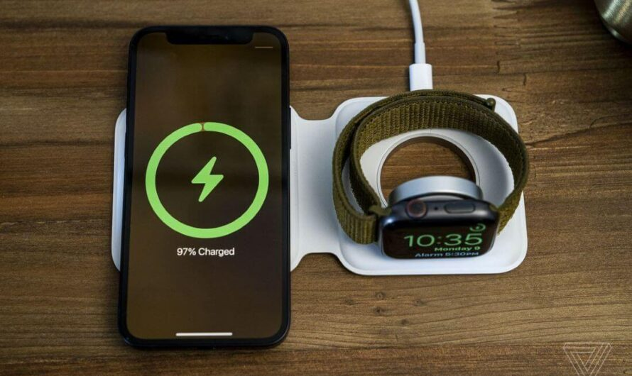 Use This Magsafe Duo Style Charger To Wirelessly Charge Your Apple Watch, iPhone, Or Android Device Simultaneously